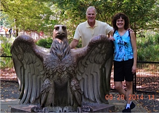 Donna Andersen and Terry Kelly at zoo